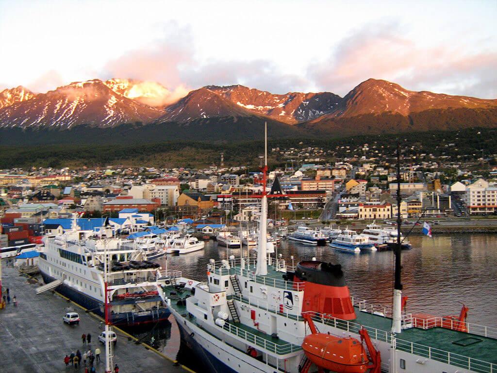 Ushuaia_port